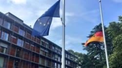 Μεσίστιες κυματίζουν οι σημαίες στο Μόναχο. Αποκλεισμένο το εμπορικό κέντρο και ο σταθμός του