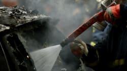 Εμπρησμοί αυτοκινήτων στα Εξάρχεια και επίθεση με μολότοφ σε σύνδεσμο φιλάθλων στην