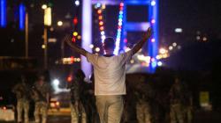 En Turquie, le Pont du Bosphore rebaptisé en hommage aux morts du putsch
