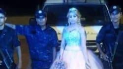 Elle rejoint ses collègues policiers en service le soir de son mariage...en robe de