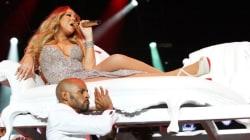 Η Mariah Carey ξαναχτύπησε. Τι μουσική απαιτεί να ακούει όταν τρώει σε