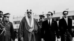 La première fête du trône de Hassan II (et sa moustache