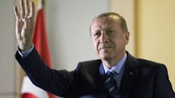Τουρκία: Εκτοξεύτηκε η δημοτικότητα του Ερντογάν μετά το αποτυχημένο