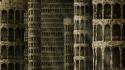 Μια ολόκληρη πόλη «χτισμένη» από γυμνά ανθρώπινα