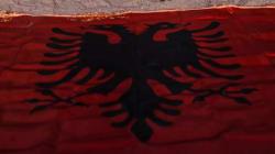 Ο Αλβανός εθνικιστής Ταχίρ Βέλιου ξαναχτύπησε, στοχοποιώντας τον Αρχιεπίσκοπο Αλβανίας