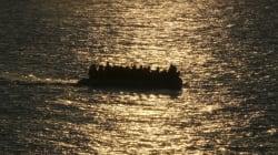 Σκάφος με 51 πρόσφυγες και μετανάστες στη