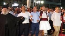 Ο Αλέξης Τσίπρας χόρεψε «καγκελάρι» στο πανηγύρι στο Αθαμάνιο της