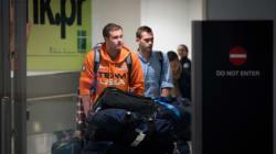 Με business class και ειδική μεταχείριση επέστρεψαν στις ΗΠΑ οι δύο αθλητές της «υπόθεσης