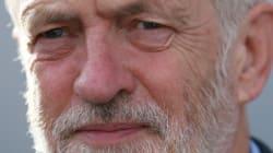 노동당 대표 제러미 코빈이 벼랑에 몰린