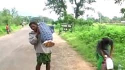Ινδός αναγκάστηκε να περπατήσει 10χλμ κουβαλώντας τη σορό της γυναίκας