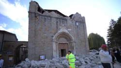 Le séisme en Italie a fait 267 morts et 387