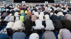 Συνάντηση 30.000 μουσουλμάνων που καταδικάζουν την τρομοκρατία. Ή αλλιώς, μια είδηση που δεν απασχόλησε τα