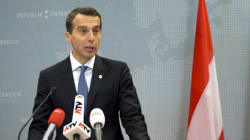 Αυστριακός καγκελάριος: Μακροπρόθεσμα δεν γίνεται να συλλέγουμε όλους τους πρόσφυγες σε ελληνικά