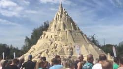 Voici le plus grand château de sable au monde ... Enfin