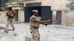 Libye: les combattants de l'EI attaqués dans leur dernier réduit à