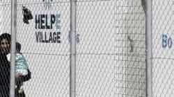 Έκτακτη σύσκεψη Μουζάλα με τοπικούς φορείς και εκπροσώπους του ΟΗΕ για τους πρόσφυγες στη