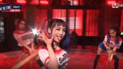 니콜이 마침내 한국 무대에 복귀했고, 할리퀸으로