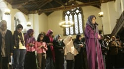 Acceptez-vous une femme imam? C'est le débat qui jallit dans les pays