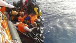 Le Maroc sauve une embarcation avec 50 migrants clandestins à