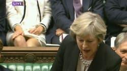 Βρετανίδα βουλευτής κάθισε σταυροπόδι και το διαδίκτυο γέμισε σεξιστικά