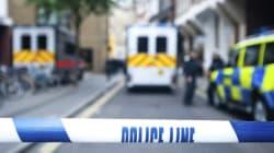 Βρετανία: Ένοπλοι με σπαθιά εισέβαλαν σε ναό των Σιχ για να αποτρέψουν μικτό γάμο. Συνελήφθησαν 55