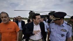 Στη Θάσο ο πρωθυπουργός. Ανακοίνωσε τη χορήγηση αποζημιώσεων σε αγρότες και ιδιοκτήτες καμμένων