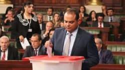 Sofien Toubel veut trouver un emploi de délégué au fils d'un député? La toile tunisienne l'inonde de demandes