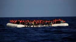 600여명이 타고 있던 난민선이