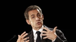 L'ancien président français Nicolas Sarkozy envisage l'interdiction du voile dans l'espace