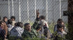 Νύχτα επεισοδίων με διαμαρτυρίες προσφύγων και φωτιά στον καταυλισμό της
