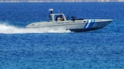Σκάφος με 130 μετανάστες κοντά στην παραλία της