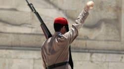 Άγνωστος έριξε μολότοφ εναντίον των Ευζώνων στο Μνημείο του Αγνώστου