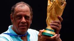 Le but mythique de Carlos Alberto Torres, ancien coéquipier de Pelé, mort à 72