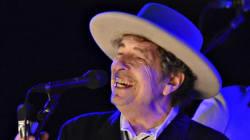 Bob Dylan accepte le prix Nobel de