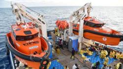 Επτακόσιοι εξήντα έξι μετανάστες και πρόσφυγες διασώθηκαν νότια της