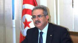 Les internautes tunisiens entre soutien au ministre limogé et défiance envers Youssef