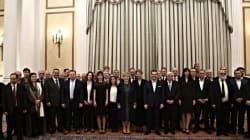 Αναλαμβάνουν καθήκοντα τα νέα μέλη της Κυβέρνησης. Παραδόσεις και παραλαβές στα