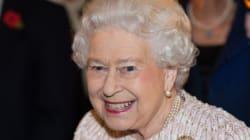 Η βασίλισσα Ελισάβετ θα απευθύνει επίσημη πρόσκληση στον Ντόναλντ