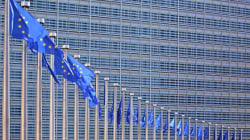 Έκκληση στο Eurogroup να συζητήσει τη βιωσιμότητα του ελληνικού χρέους, απευθύνουν τρεις