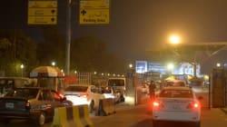 Βίντεο: Ντόπιοι διακινδυνεύουν την ζωή τους για να δουν το φλεγόμενο αεροσκάφος στο
