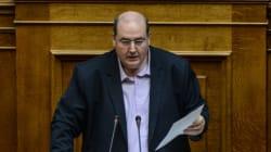 Αιχμές Φίλη στη Βουλή: Δεν είναι δυνατόν να υποκλινόμαστε στην εκκλησιαστική