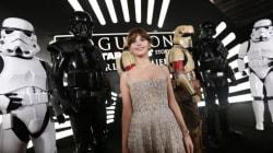 Η παγκόσμια πρεμιέρα του Rogue One: A Star Wars Story είχε stormtroopers και (μπόλικο)