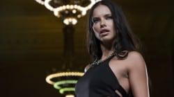 «Αν δεν ήμουν μοντέλο, θα ήμουν πυγμάχος»: Η Adriana Lima εξετάζει τις επαγγελματικές της
