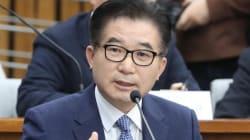 '현직 부총리급 정윤회에 수억원