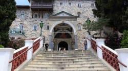 Αθωνιάδα Σχολή: «Παντελώς ανυπόστατα τα περί 12χρονου μοναχού στο Άγιο