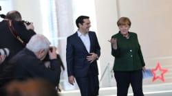 Ο Τσίπρας υποσχέθηκε στη Μέρκελ καλύτερη ενημέρωση για τους