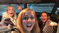 Αυτές οι τρεις φίλες ήταν οι μoναδικοί επιβάτες μιας εμπορικής πτήσης και το γλέντησαν