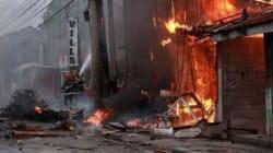 Διπλή επίθεση με δεκάδες νεκρούς σε αγορά της