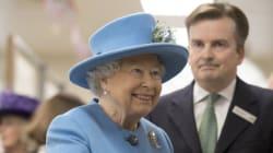 Η βασίλισσα Ελισάβετ επέστρεψε στα καθήκοντά της έπειτα από βαρύ