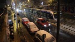 Στα λευκά η Αθήνα, χιόνι ακόμη και στο κέντρο της